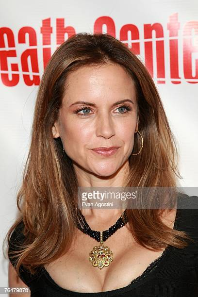 Actress Kelly Preston attends the premiere of Twentieth Century Fox's 'Death Sentence' at the Tribeca Cinemas on August 28 2007 in New York City