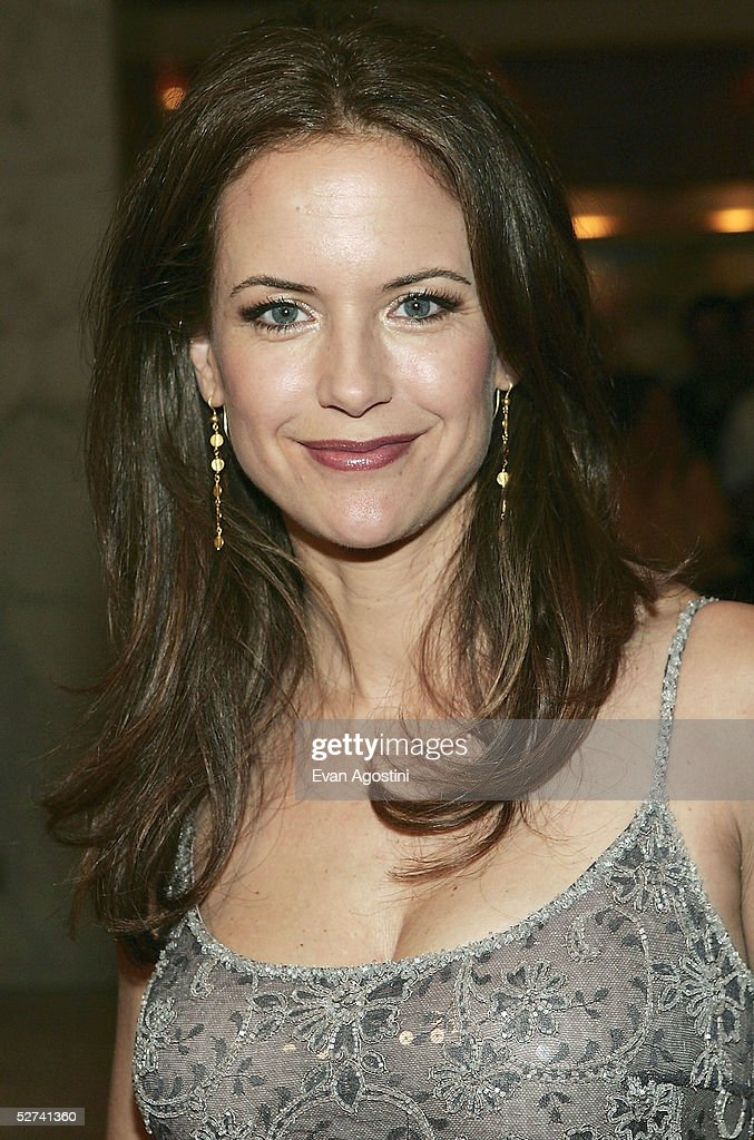 Actress Kelly Preston attends the White House Correspondents' Dinner at the Washington Hilton Hotel on April 30, 2005 in Washington DC.