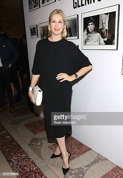 Actress Kelly Rutherford attends 2016 Free Arts NYC Art Auction Benefit on April 27 2016 in New York City