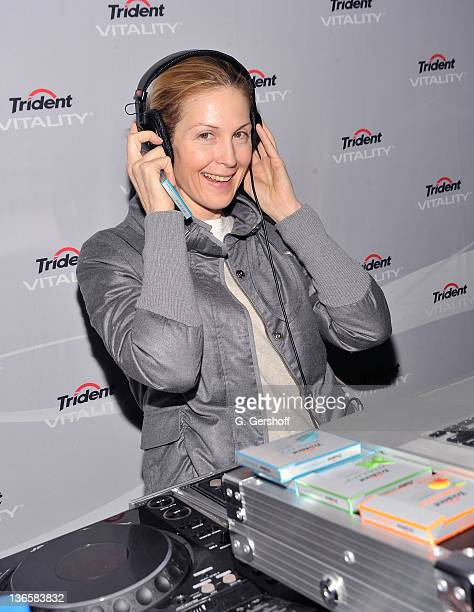 Actress Kelly Rutherford attends the launch of the new Trident Vitality gum at the Gansevoort Park Avenue on December 8 2010 in New York City