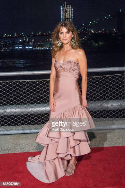 Actress Keri Russell attends the 2017 Brooklyn Bridge Park Conservancy Brooklyn Black Tie Ball at Pier 2 at Brooklyn Bridge Park on October 5 2017 in...