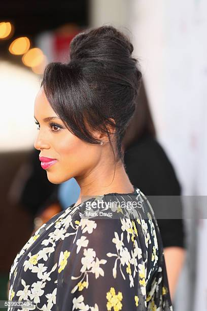Actress Kerry Washington Actors Inspiration Award Recipient attends the SAGAFTRA Foundation 7th Annual LA Golf Classic Fundraiser on June 13 2016 in...