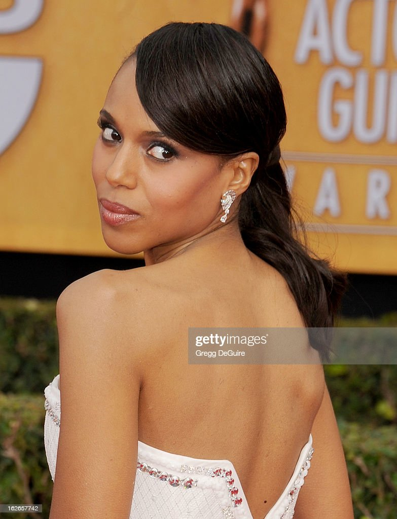 Actress Kerry Washington arrives at the 19th Annual Screen Actors Guild Awards at The Shrine Auditorium on January 27, 2013 in Los Angeles, California.