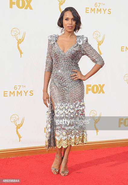 Actress Kerry Washington arrives at the 67th Annual Primetime Emmy Awards at Microsoft Theater on September 20 2015 in Los Angeles California