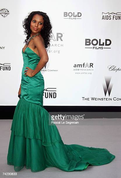 Actress Kerry Washington arrives at the Cinema Against Aids 2007 in aid of amfAR at Le Moulin de Mougins in Mougings on May 23 2007 in Cannes France...