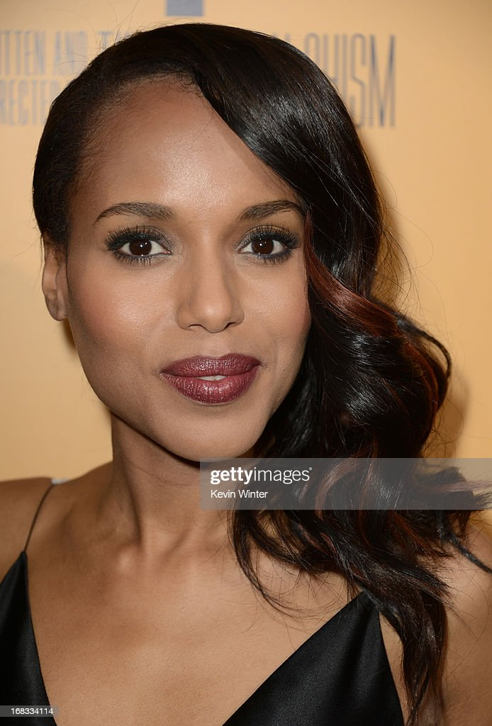 Actress Kerry Washington arrives at the premiere of 'Peeples' presented by Lionsgate Film and Tyler Perry at ArcLight Hollywood on May 8, 2013 in Hollywood, California.
