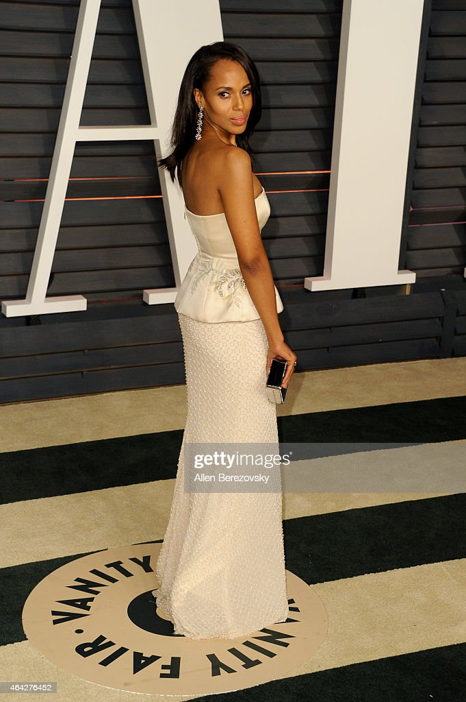 Actress Kerry Washington attends the 2015 Vanity Fair Oscar Party hosted by Graydon Carter at Wallis Annenberg Center for the Performing Arts on February 22, 2015 in Beverly Hills, California.