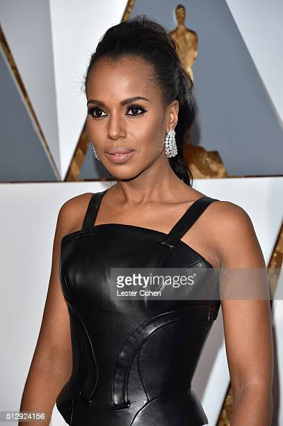 Actress Kerry Washington attends the 88th Annual Academy Awards at Hollywood & Highland Center on February 28, 2016 in Hollywood, California.