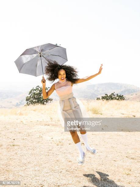 Actress Kerry Washington is photographed for Allure Magazine on August 5 2017 in Los Angeles California ON DOMESTIC EMBARGO UNTIL FEBRUARY 1 2018 ON...