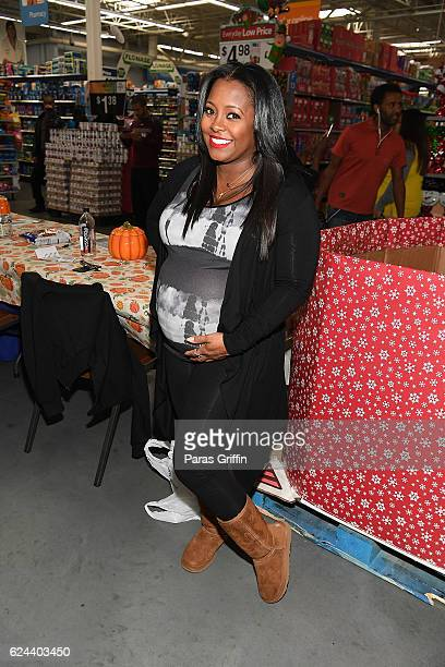Actress Keshia Knight Pulliam attends 5th Annual No Reservations Needed Food Drive at Walmart on November 19 2016 in Atlanta Georgia