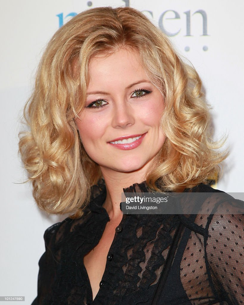 Actress Kim Poirier attends the 4th Annual Community Awards Red Carpet Gala at the Boyle Heights Technology Youth Center on May 28, 2010 in Los Angeles, California.