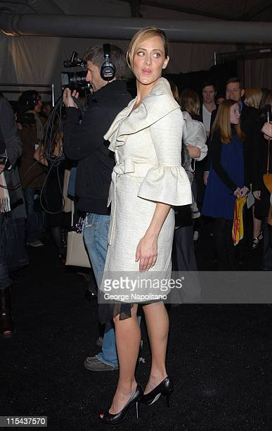 Actress Kim Raver attends Monique Lhuillier Fall 2008 during MercedesBenz Fashion Week at the Promenade Bryant Park on February 5 2008 in New York...