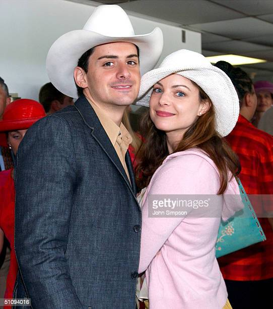 Actress Kimberly Williams Poses With Singer Brad Paisley During The 128Th Running Of The Kentucky Derby At Churchill Downs May 4 2002 In Louisville Ky