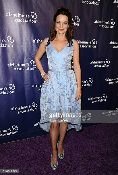 Actress Kimberly WilliamsPaisley attends the 2016 Alzheimer's Association's 'A Night At Sardi's' at The Beverly Hilton Hotel on March 9 2016 in...