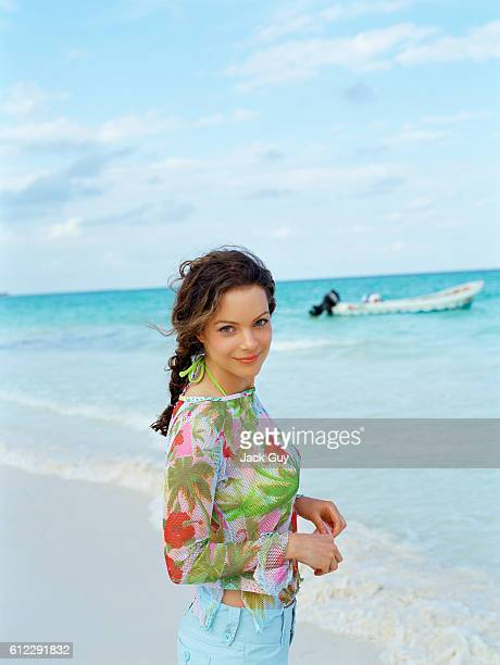 Actress Kimberly WilliamsPaisley is photographed in 2004