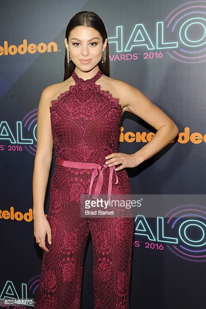 Actress Kira Kosarin attends the 2016 Nickelodeon HALO awards at Basketball City Pier 36 South Street on November 11 2016 in New York City