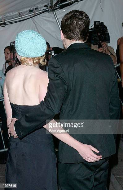 Actress Kirsten Dunst and actor Jake Gyllenhaal arrive at the Metropolitan Museum of Art Costume Institute Benefit Gala sponsored by Gucci April 28...
