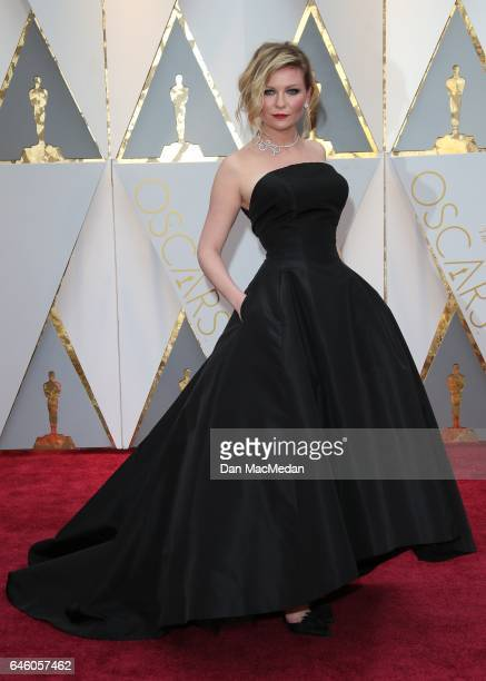 Actress Kirsten Dunst arrives at the 89th Annual Academy Awards at Hollywood Highland Center on February 26 2017 in Hollywood California