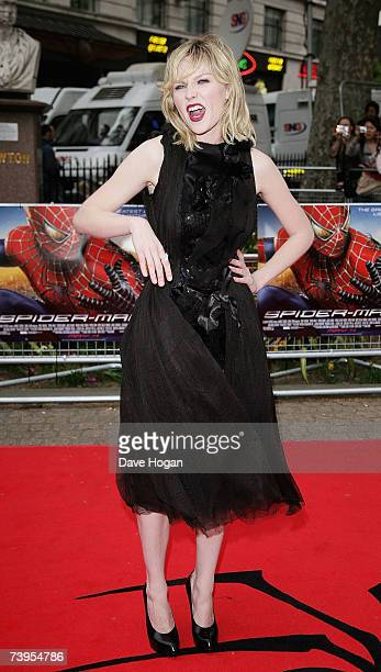 """Actress Kirsten Dunst arrives at the UK premiere of """"Spider-Man 3"""" at Odeon Leicester Square on April 23, 2007 in London, England."""