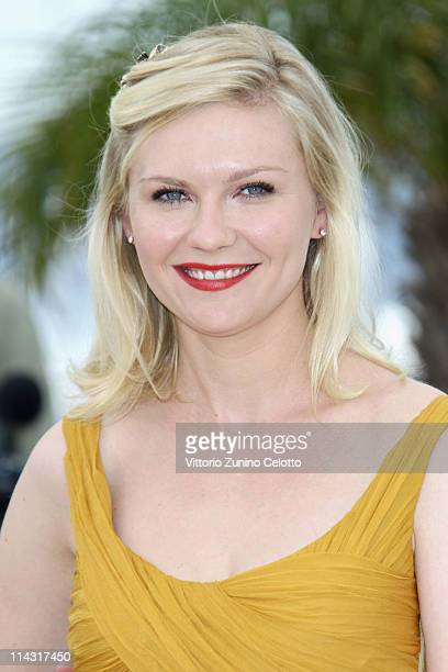 Actress Kirsten Dunst attends the Melancholia photocall at the Palais des Festivals during the 64th Cannes Film Festival on May 18 2011 in Cannes...