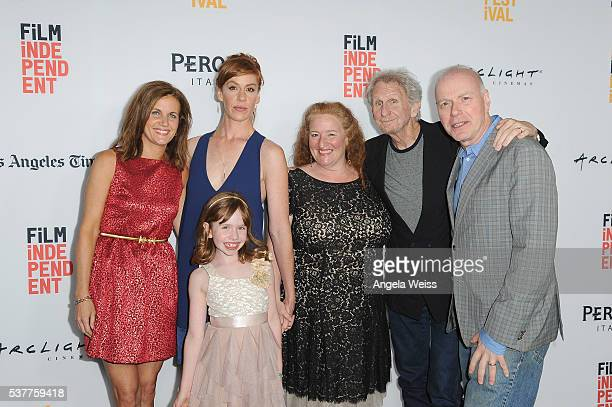 Actress Kirsten Gregerson actress Sunde Auberjonois actress/writer Kate Nowlin actress Rusty Schwimmer actor Rene Auberjonois and actor Ken Marks...