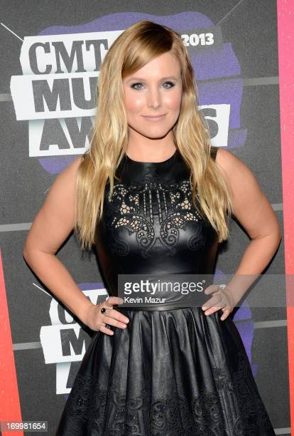 Actress Kristen Bell attends the 2013 CMT Music awards at the Bridgestone Arena on June 5 2013 in Nashville Tennessee