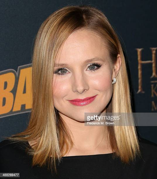 Actress Kristen Bell attends The Hobbit The Desolation of Smaug Expansion Pack Mobile Game Launch at Eveleigh on December 11 2013 in West Hollywood...