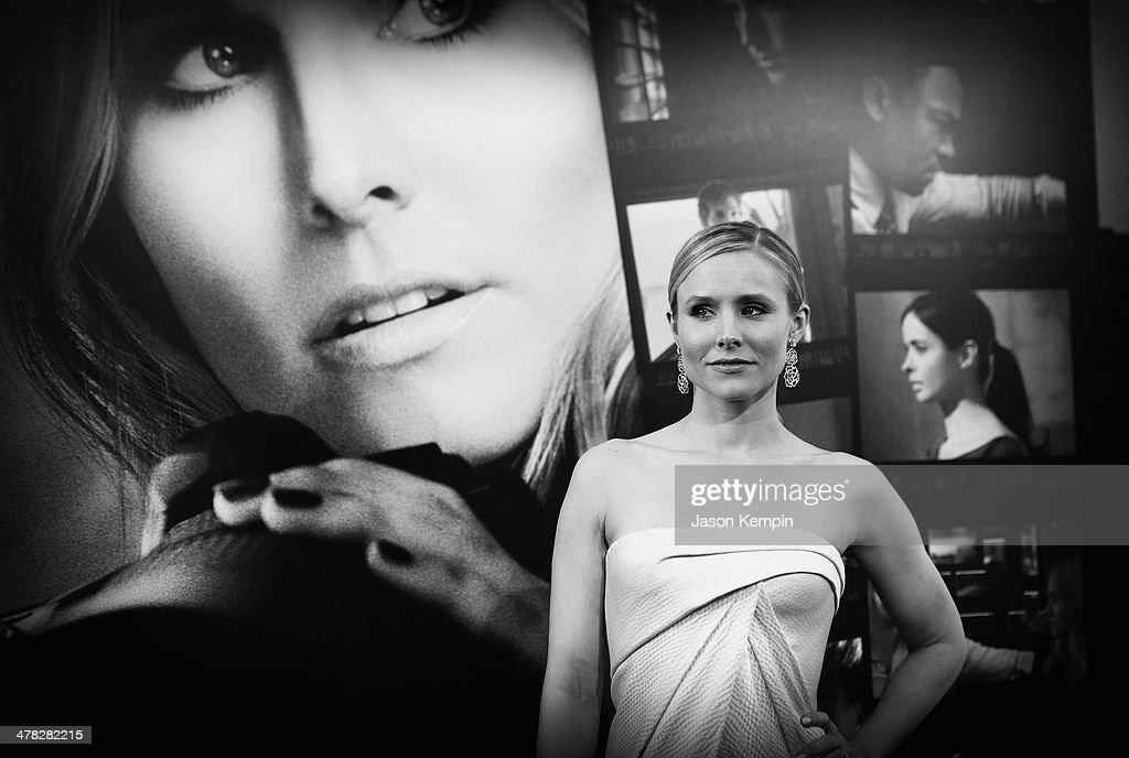 Actress Kristen Bell attends the Los Angeles Premiere Of 'Veronica Mars'at TCL Chinese Theatre on March 12, 2014 in Hollywood, California.