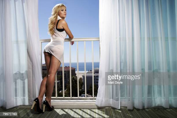 Actress Kristen Bell poses at a portrait session in Los Angeles Published image