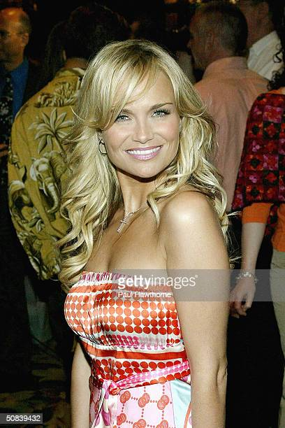 Actress Kristen Chenoweth attends the 2004 Drama League Awards luncheon and ceremony at the Grand Hyatt on May 14 2004 in New York City