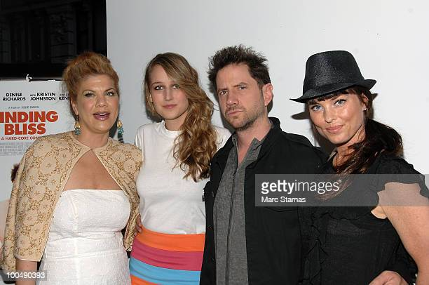 Actress Kristen Johnston Model/Actress Leelee Sobieski Actor Jamie Kennedy and Actress Donnamarie Recco attend a screening of Finding Bliss at the...