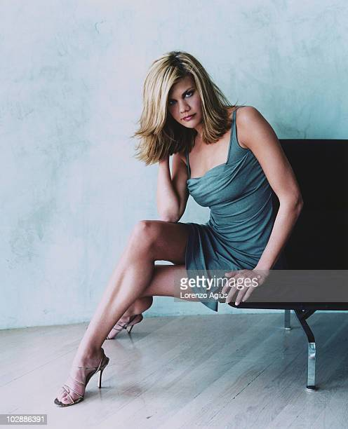Actress Kristen Johnston poses during a photoshoot on Apri 15 2001 in Los Angeles CA