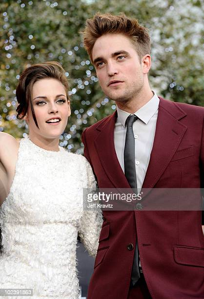 Actress Kristen Stewart and actor Robert Pattinson arrive at the premiere of Summit Entertainment's 'The Twilight Saga Eclipse' during the 2010 Los...
