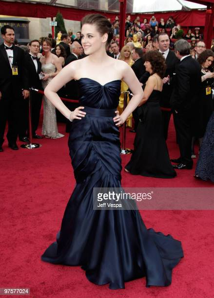 Actress Kristen Stewart arrives at the 82nd Annual Academy Awards held at the Kodak Theatre on March 7 2010 in Hollywood California