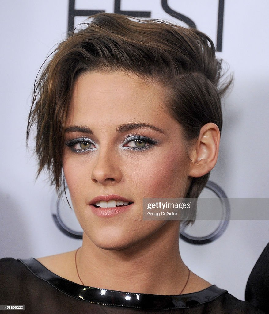 Actress Kristen Stewart arrives at the AFI FEST 2014 Presented By Audi - 'Still Alice' Premiere at Dolby Theatre on November 12, 2014 in Hollywood, California.