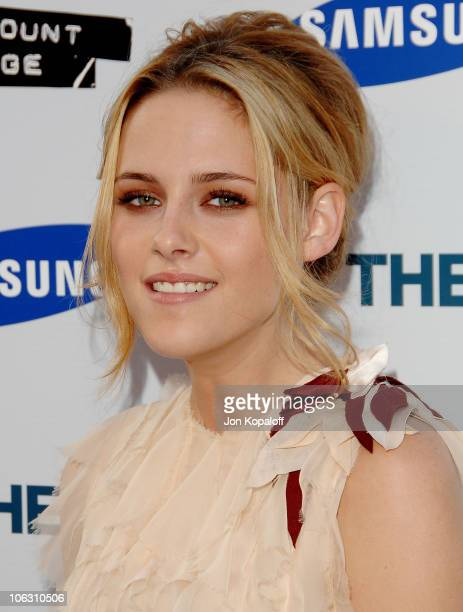 Actress Kristen Stewart arrives at the Los Angeles Premiere Into The Wild at the Directors Guild of America on September 18 2007 in West Hollywood...