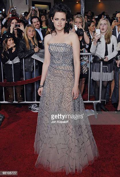 Actress Kristen Stewart arrives at the Los Angeles Premiere jk'The Twilight Saga New Moon' at Mann Bruin Theatre on November 16 2009 in Westwood...