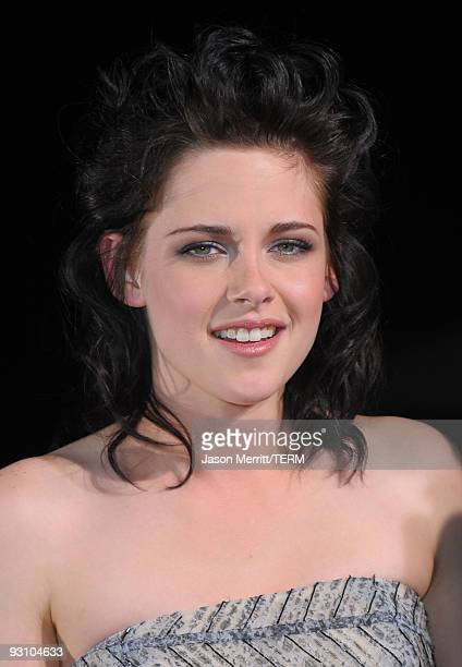 Actress Kristen Stewart arrives at the Los Angeles premiere of Summit Entertainment's 'The Twilight Saga New Moon' at Mann Westwood on November 16...
