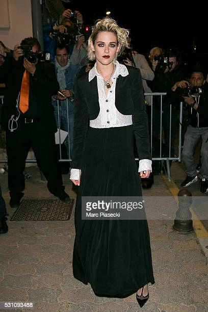 Actress Kristen Stewart arrives to attend the 'Vanity Fair and Chanel' party during the annual 69th Cannes Film Festival at Tetou restaurant on May...