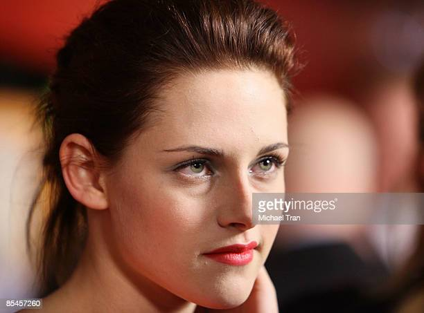 Actress Kristen Stewart arrives to the Los Angeles premiere of 'Adventureland' held at Mann Chinese 6 Theaters on March 16 2009 in Hollywood...