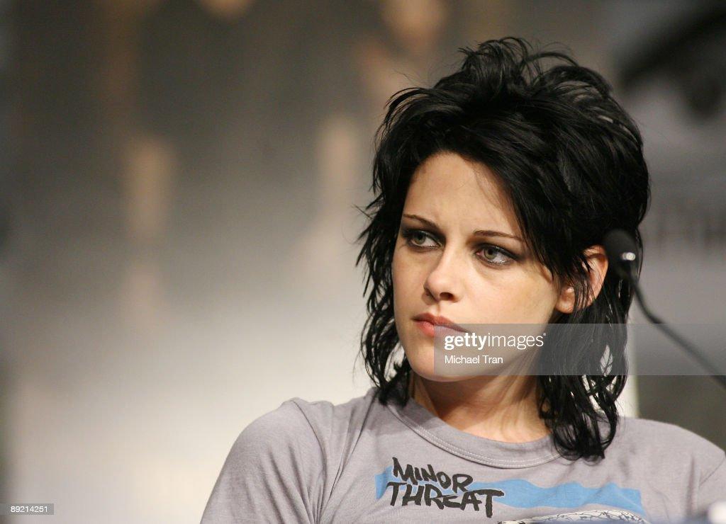 "2009 Comic-Con - ""New Moon"" Press Conference : News Photo"