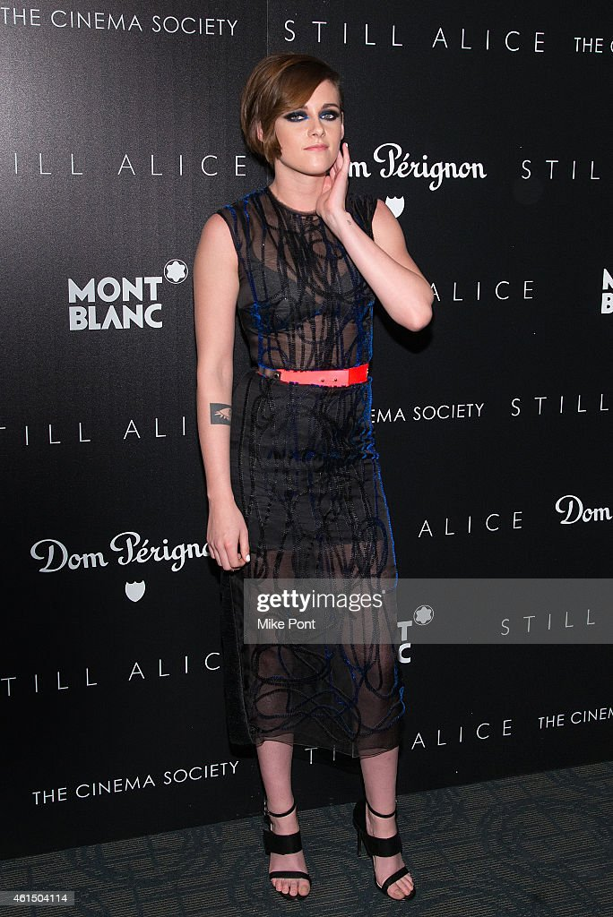 "The Cinema Society With Montblanc And Dom Perignon Host A Screening Of Sony Pictures Classics' ""Still Alice"" : News Photo"