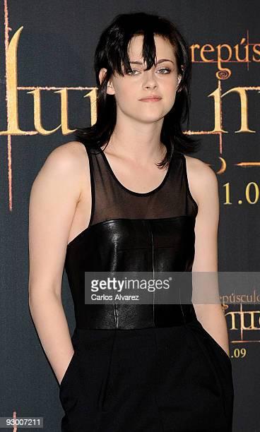 "Actress Kristen Stewart attends ""The Twilight Saga: New Moon"" photocall at Villa Magna Hotel on November 12, 2009 in Madrid, Spain."