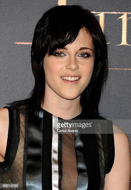 Actress Kristen Stewart attends Twilight Saga New Moon Fans Event at Palacio de Vistalegre on November 12 2009 in Madrid Spain