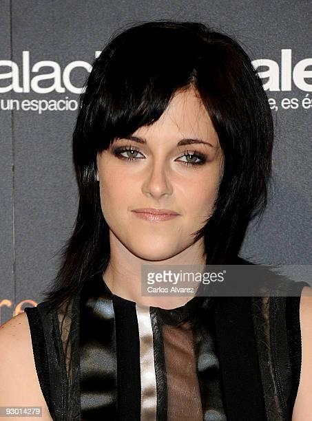 Actress Kristen Stewart attends 'Twilight Saga New Moon' Fans Event at Palacio de Vistalegre on November 12 2009 in Madrid Spain