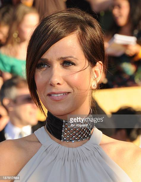 Actress Kristen Wiig arrives at the 18th Annual Screen Actors Guild Awards held at The Shrine Auditorium on January 29, 2012 in Los Angeles,...