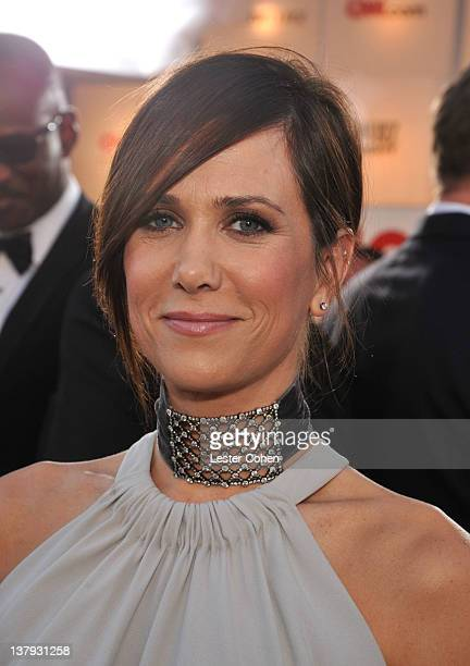 Actress Kristen Wiig arrives at The 18th Annual Screen Actors Guild Awards broadcast on TNT/TBS at The Shrine Auditorium on January 29, 2012 in Los...