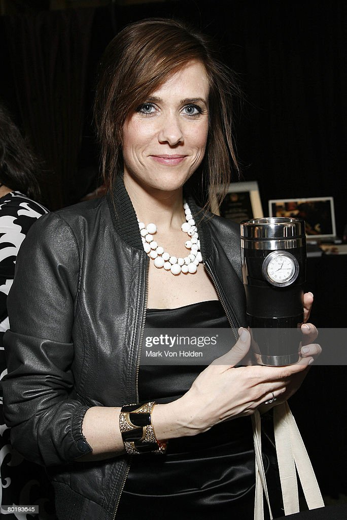 Actress Kristen Wiig visits the Rock and Roll Hall of Fame Gift Lounge produced by On 3 Productions at the Waldorf-Astoria Hotel on March 10, 2008 in New York City. **EXCLUSIVE