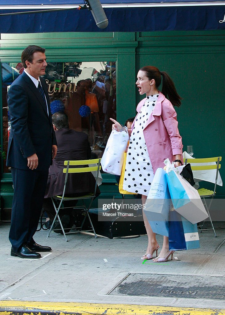 Actress Kristin Davis and actor Chris Noth film a scene for 'Sex and the City: The Movie' on the upper eastside September 20, 2007 in New York City.