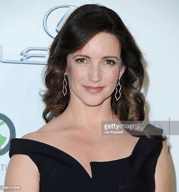 Actress Kristin Davis arrives at Environmental Media Association Hosts Its 25th Annual EMA Awards Presented By Toyota And Lexus at Warner Bros...